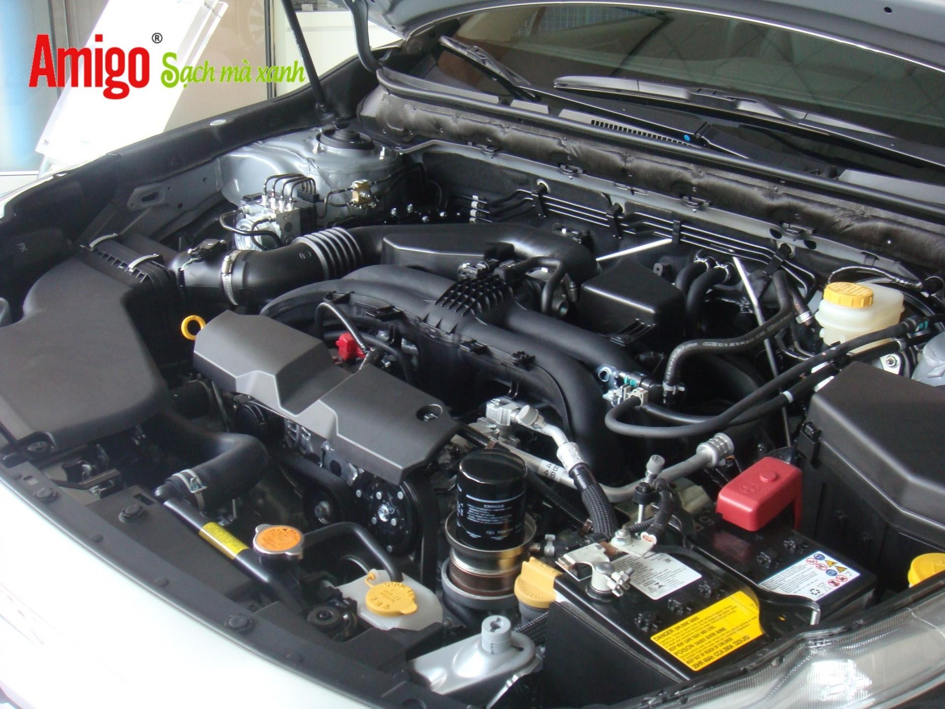Nước vệ sinh động cơ ôtô